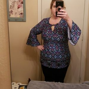 Investments blue bell sleeve size Xl Top